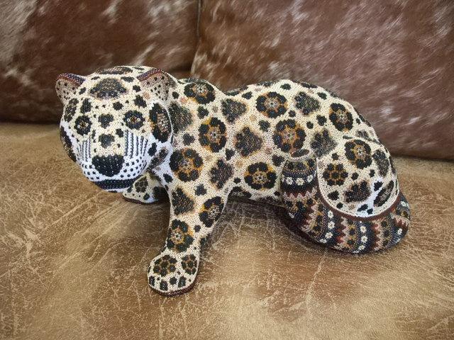 Jaguar Curled Tail Huichol Tiny Beaded